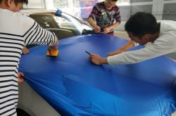 全车车身贴膜10个简单的方法!