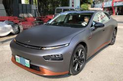 99%的人觉得深圳汽车改色贴膜很简单,这是为什么!