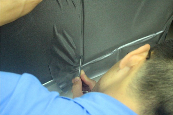 大家谈一谈深圳宝安附近汽车改色膜有什么不一样!