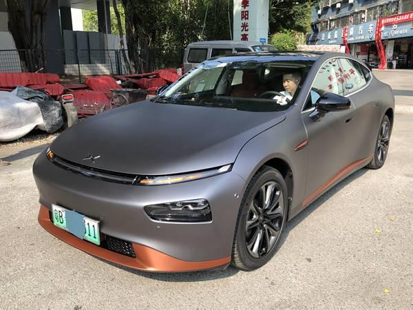 一个资深业内人士怎么看深圳宝安汽车改色膜多少?